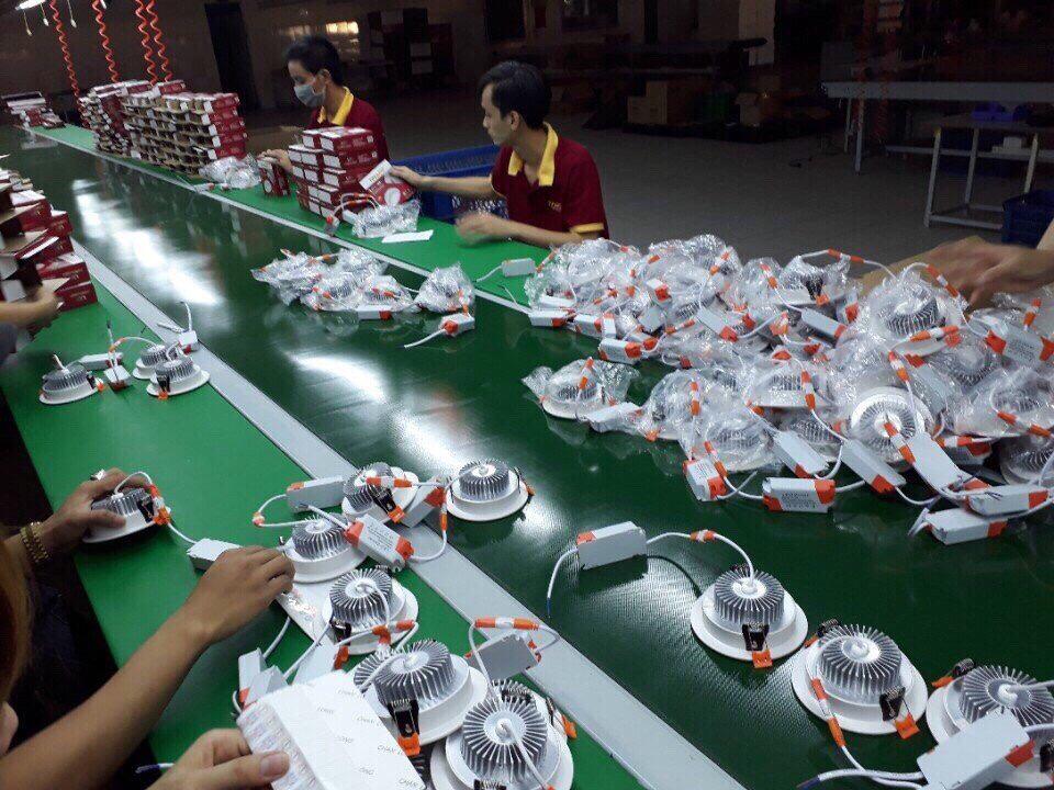 Nhà máy sản xuất đèn led