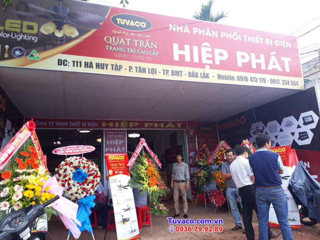 nha-phan-phoi-den-led-tai-daklak