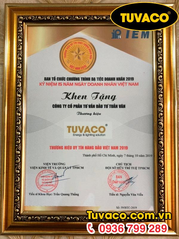 Giấy khen tặng doanh nhân Việt Nam