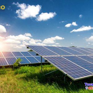 Tải trọng gió ảnh hưởng đến hệ thống pin năng lượng mặt trời như thế nào?