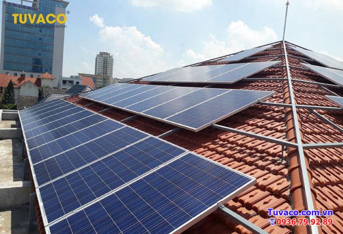 Tuvaco chuyên thi công lắp đặt hệ thống điện năng lượng mặt trời